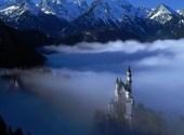 Neuschwanstein-castle dans le brouillard Fonds d'écran